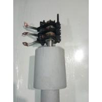 Поворотный механизм для ветрогенератора с токосъемником